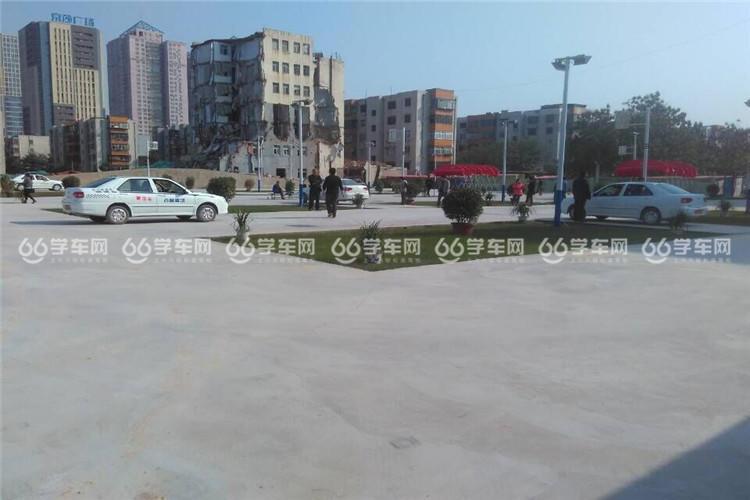 郑州百顺驾校老代庄校区内景