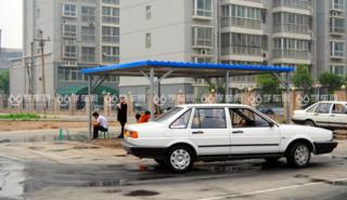 广通驾校正在练车